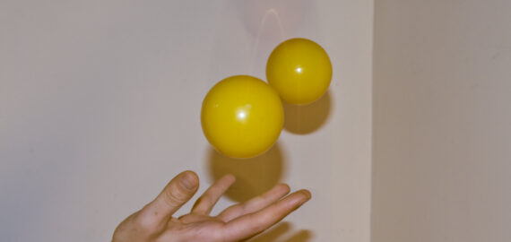 Жора, Жанна та етапи жонглювання